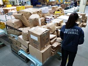 Importadora optante pelo Simples paga IPI na revenda do produto, diz Receita